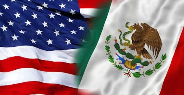 Mexico USA flags tech